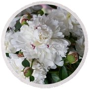White Peony With Red Traces Round Beach Towel