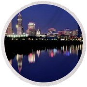 White River Reflects Indy Skyline Round Beach Towel