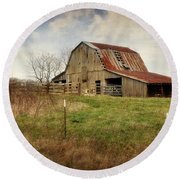 White River Trace Barn 2 Round Beach Towel