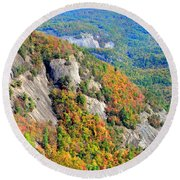 White Side Mountain Fool's Rock In Autumn Vertical Round Beach Towel