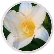 White Temptation Lily Round Beach Towel