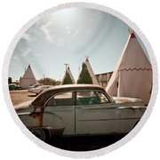Wigwam Motel Classic Car #8 Round Beach Towel
