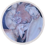 Wild Boar And Dogs Round Beach Towel