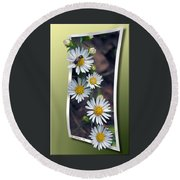 Wildflowers And Visitor Round Beach Towel