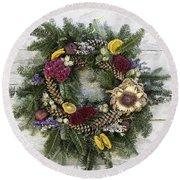 Williamsburg Wreath 10b Round Beach Towel