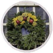 Williamsburg Wreath 25 Round Beach Towel