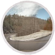 Winding Country Road In Winter Round Beach Towel