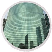 Window Reflections In The Windy City Round Beach Towel