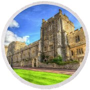 Windsor Castle Architecture Round Beach Towel