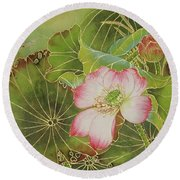 Wings Of Gold Round Beach Towel