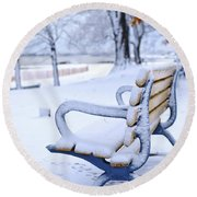 Winter Bench Round Beach Towel