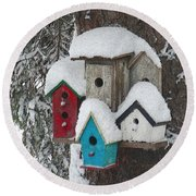 Winter Birdhouses Round Beach Towel