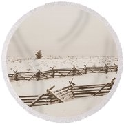 Winter Fence In Oregon Round Beach Towel