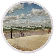 Winter Fences In Grand Haven 2.0 Round Beach Towel