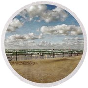Winter Fences In Grand Haven 3.0 Round Beach Towel