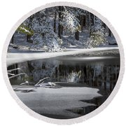 Winter Fresh Round Beach Towel