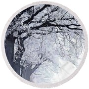 Winter In Our Street Round Beach Towel