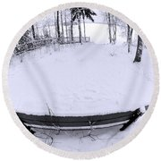 Winter Seat 2 Round Beach Towel