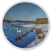 Winter Swan Lake Round Beach Towel