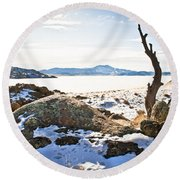 Winter's Silence - Pathfinder Reservoir - Wyoming Round Beach Towel