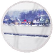 Wintertime At The Fairmount Dam And Boathouse Row Round Beach Towel