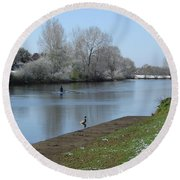 Wintry River At Stapenhill Round Beach Towel