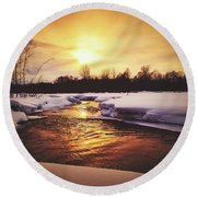 Wintry Sunset Reflections Round Beach Towel