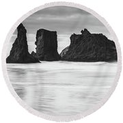 Wizard's Hat Sea Stack - Black And White Round Beach Towel