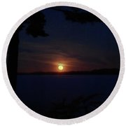 Wolf Moon On The Rise Round Beach Towel