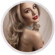 Woman In Big Curls Hollywood Glam Look Round Beach Towel