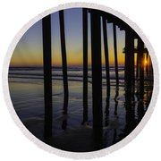 Wonderful Pismo Sunset Round Beach Towel
