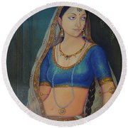 Wonderful Portrait A Lonely Queen Is Waiting For Her Husband To Return From Battle Oil Painting  Round Beach Towel