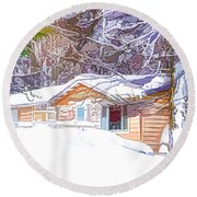 Wooden House In Winter Forest Round Beach Towel