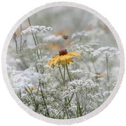 Wrapped In Queen Anne's Lace Round Beach Towel