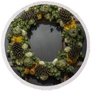 Williamsburg Wreath 21b Round Beach Towel
