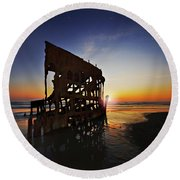 Wreck Of The Peter Iredale-b Round Beach Towel
