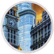 Wrigley Building And Trump Tower Dsc0540 Round Beach Towel