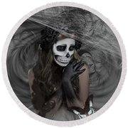 Who Will Want My Painful Soul 001 Round Beach Towel