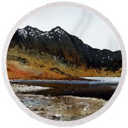 Y Lliwedd Ridge From Lake Llyn Llydaw Round Beach Towel