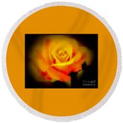 Yellow And Red Rose Round Beach Towel