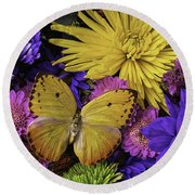 Yellow Butterfly On Bouquet Round Beach Towel