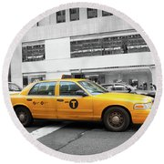 Yellow Cab In Manhattan With Black And White Background Round Beach Towel