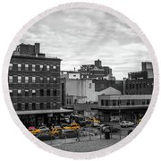Yellow Cabs In Chelsea, New York 2 Round Beach Towel