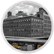 Yellow Cabs In Chelsea, New York 3 Round Beach Towel