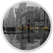 Yellow Cabs New York Round Beach Towel
