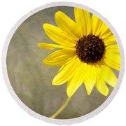 Yellow Daisy By Darrell Hutto Round Beach Towel