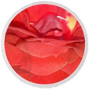 Yellow-striped Red Rose Round Beach Towel