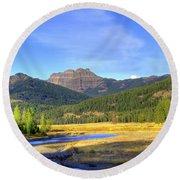 Yellowstone National Park Landscape Round Beach Towel