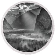 Yosemite Morning Sun Rays Round Beach Towel