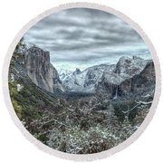 Yosemite National Park Tunnel View  Round Beach Towel